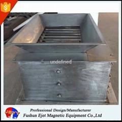 封闭箱式、溜槽多磁棒除铁器 固体颗粒和粉末物料去铁提纯机