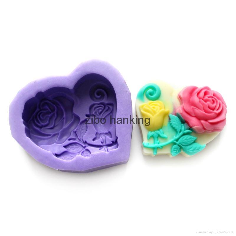 valentine's day silicone rubber rose heart soap mold 1