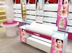 聖杰貝化妝品展櫃
