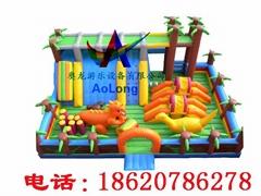 Inflatable Jurassic castle ,Inflatable bear haunts the castle