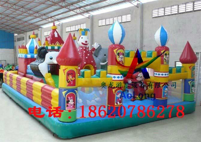 Disney castle, inflatable inflatable large entertainment children castle  4