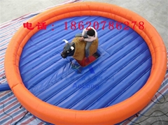 Inflatable arena, inflatable bull pad