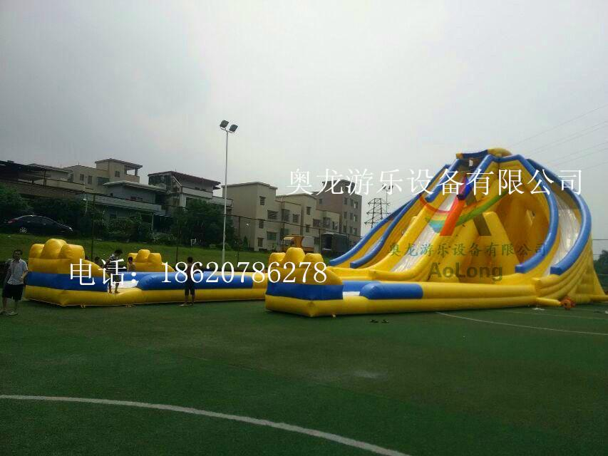 Inflatable large three water slides 3