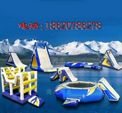 Large inflatable water stage mode (water park)