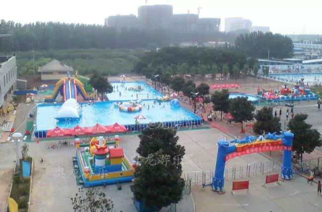 Large inflatable water park 5