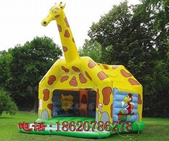 Inflatable animals tramp