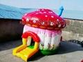 充气蘑菇房子蹦床 4
