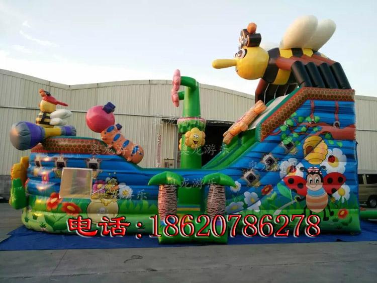 Inflatable three slide castle 2