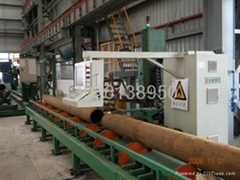 Large-diameter pipe cutting machine