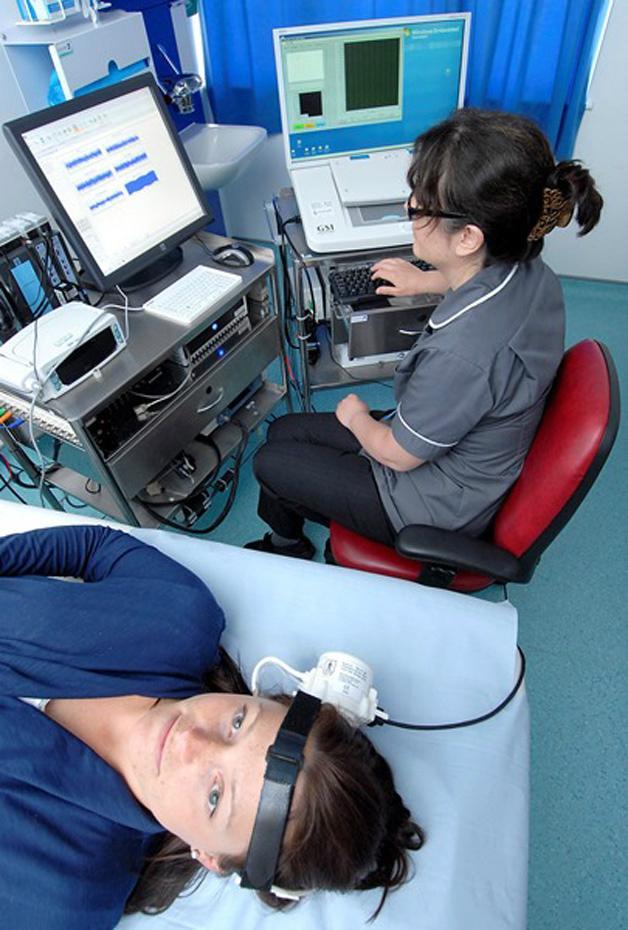 英國CCFP腦和內耳液體壓力分析儀 1