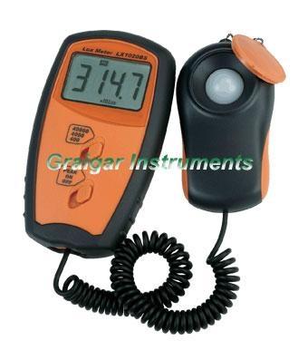 Lux meter LX1020BS 1