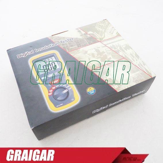 CEM DT-5500 Digital Insulation Tester Megger MegOhmMeter CAT III 1000V, 2000 Meg 5