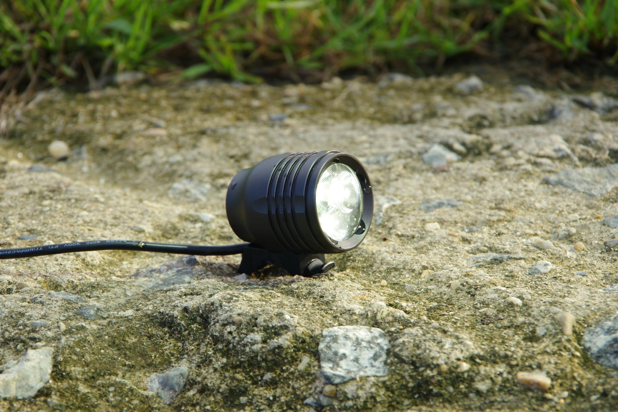Pro mountain cycle light 1900 lumens 5200mAh battery 2