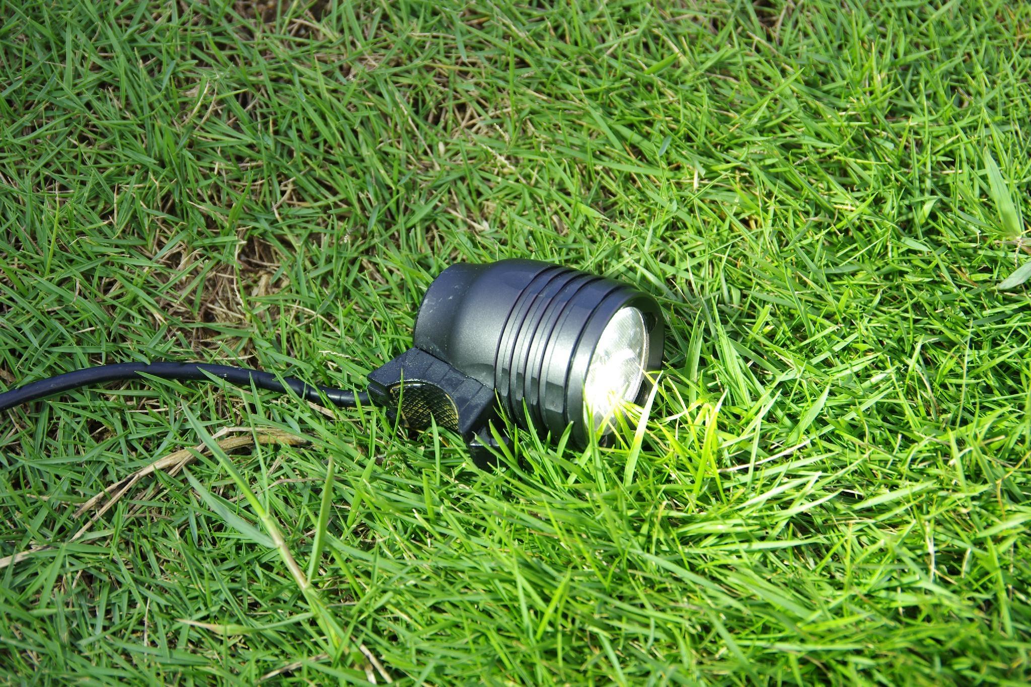 Pro mountain cycle light 1900 lumens 5200mAh battery 3