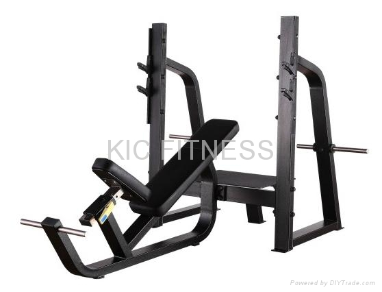 Precor Gym Equipment Olympic Incline Bench (D25)