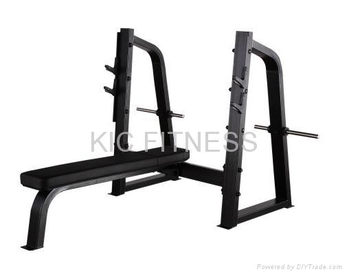 Precor Gym Equipment Olympic Flat Bench (D26)