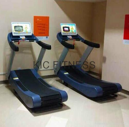 21.5′′ Display Woodway Self-Generating Curve Treadmill (K22) 5