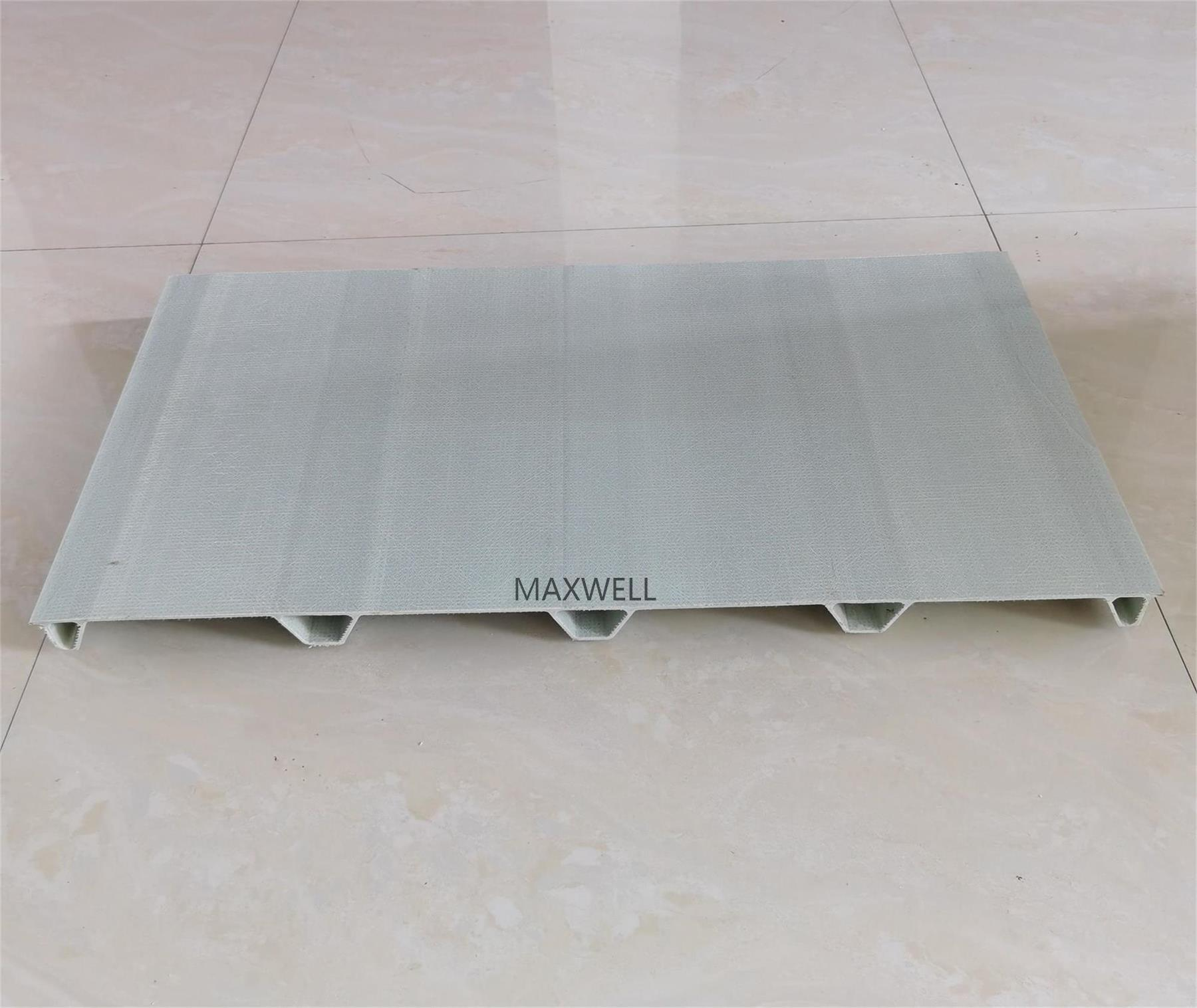 Corrosion resistant FRP roofing panel and pultruded FRP panel 1