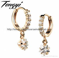 Romantic 18K Gold Plated Charm Austrian Crystal Drop Earrings Star Design Shiny