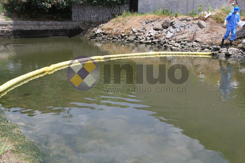 oil absorbent boom 10