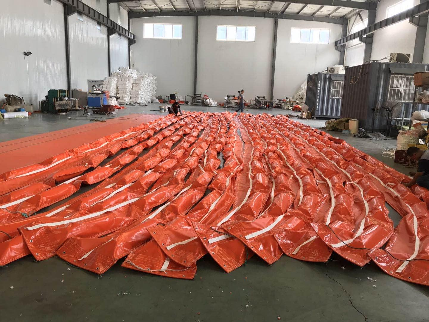 WGV600 solid float type PVC oil boom 1