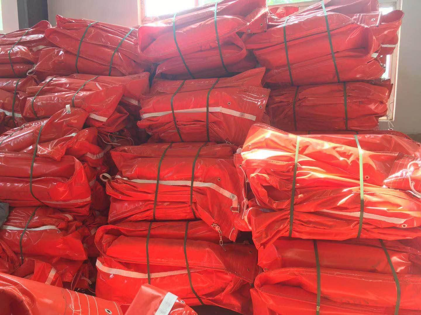 WGV700 solid float type PVC oil boom 1
