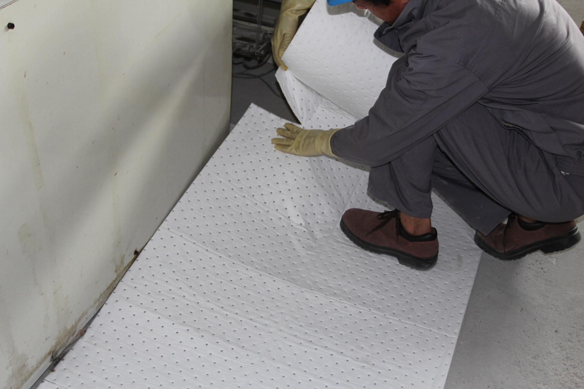 新络PS2402X重量级节省吸油毯 铺设地面吸油棉 维修吸油卷 5