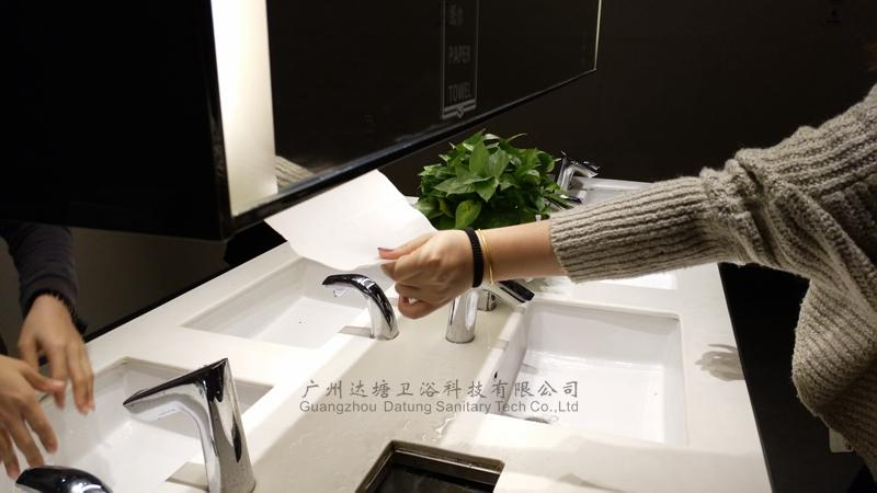 Stainless steel mirror cabinet tissue box business draw towel rack paper holder 4