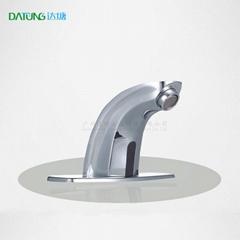 全铜感应水龙头 红外线自动冷热水洗手器 全铜公厕无菌水龙头