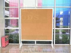 金屬烤漆水松展示板藝朮學園活動雙面公告板