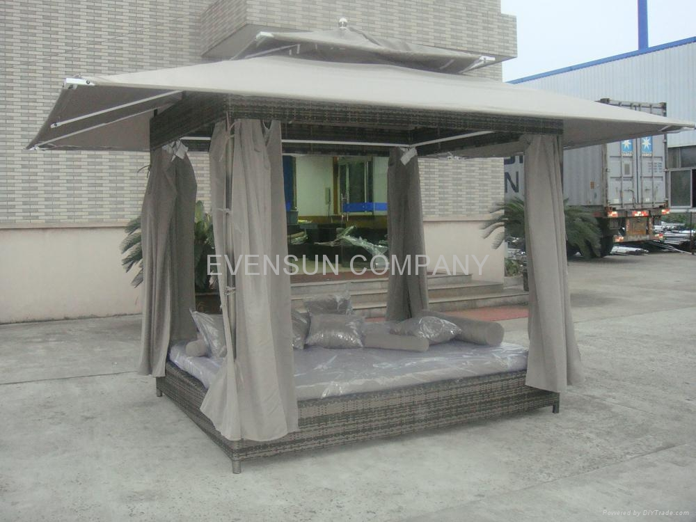 Rattan gazebo daybed wicker furniture esr 21074 esr for Outdoor furniture gazebo