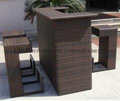 Aluminum rattan/wicker bar table set