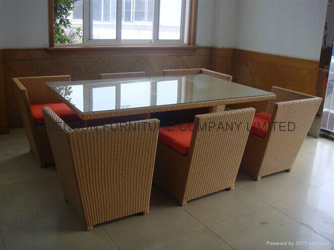 Space saving dining furniture 1