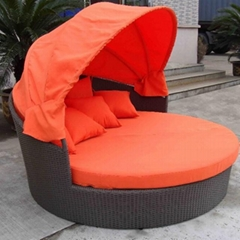 Rattan daybed with canopy