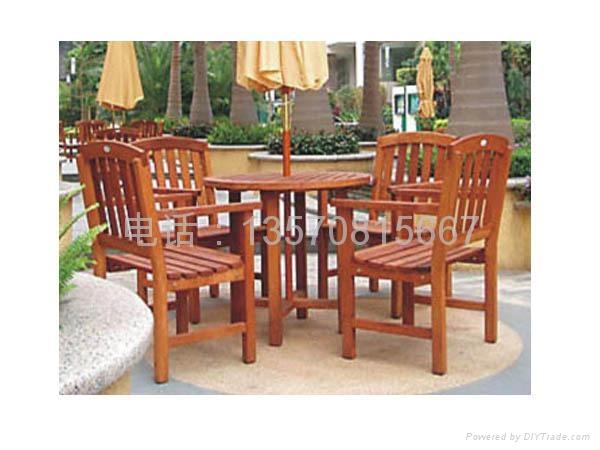 户外木桌椅 1