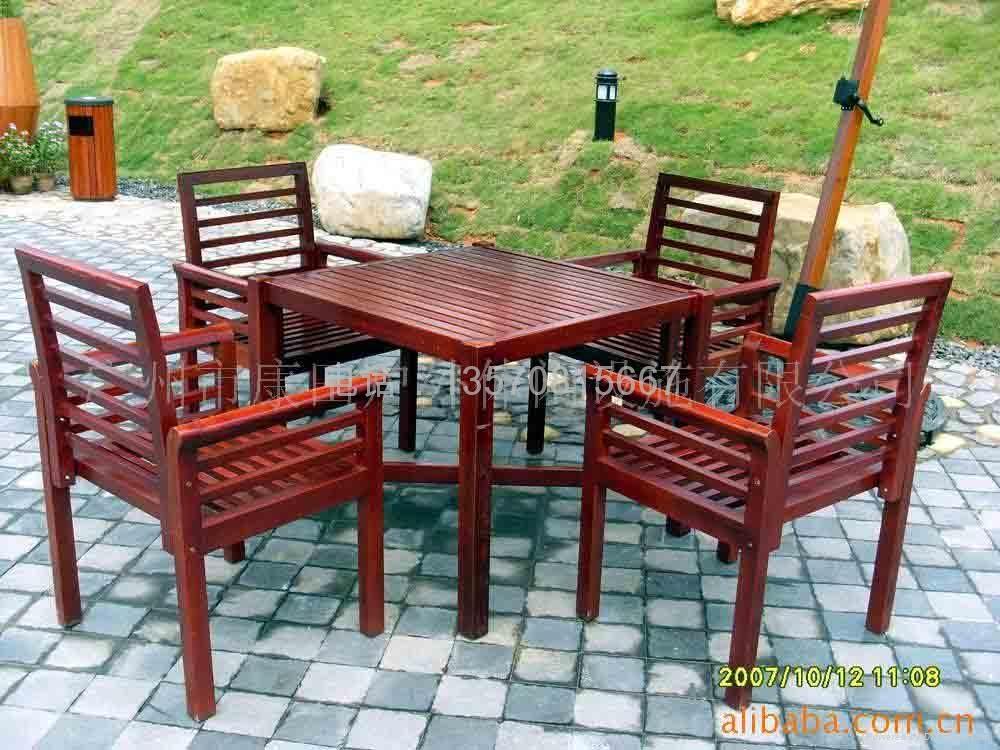 户外木桌椅 4