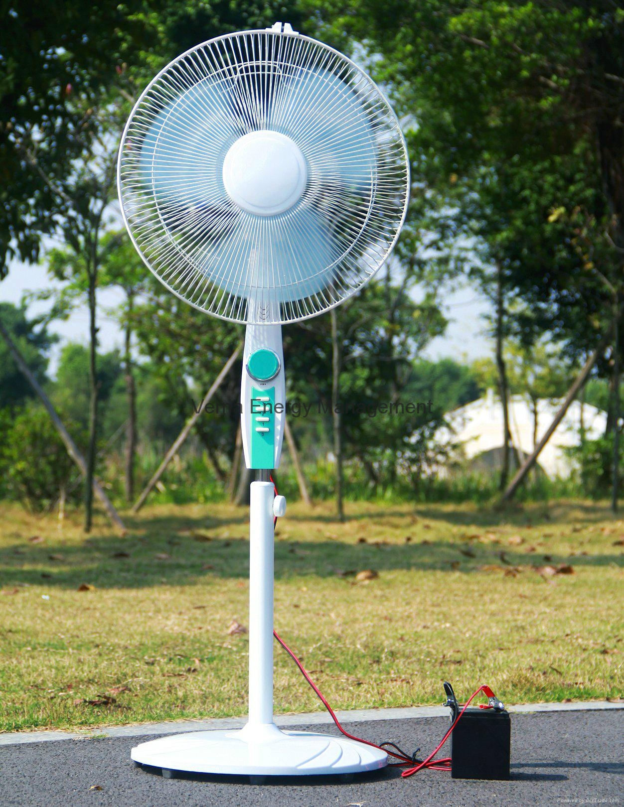 Cheap Price 16'' Solar Stand Fan in 16W with Brushless DC Motor 1