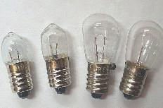 大八腳燈泡