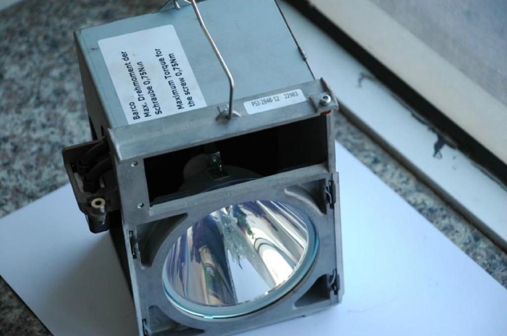 PSI-2848-12巴可原裝燈泡 1