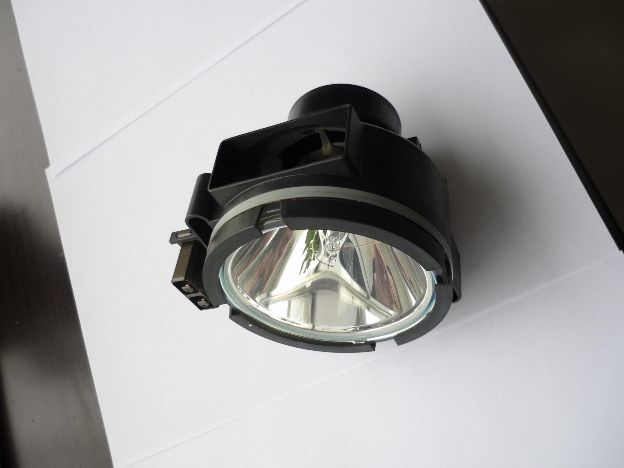 R9842020巴可燈泡 1