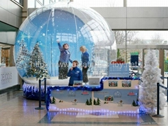 Clear Snow Globe with Air Mat for Chrismas Decoration