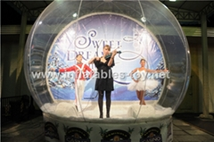 Take Photos Human Bubble Snow Globe for Live Show with Decoration Backdrop