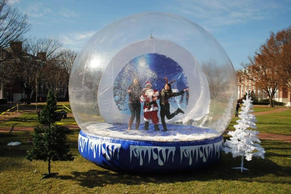Giant Inflatable Human Snow Globe with Backdrop for Chritmas Decoratio 15