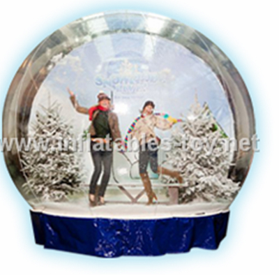 Living Show Snow Globe Inflatables