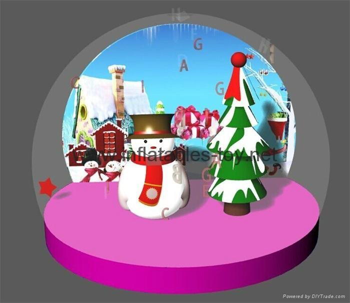 Christmas Snow Globe with Snowman and Christmas Tree 2