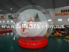 Giant Inflatable Human Snow Globe with Backdrop for Chritmas Decoratio