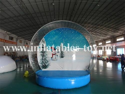 Inflatable Human Snow Globe for Christmas Decoration
