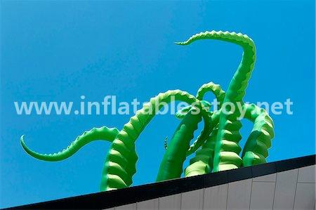 Giant Artist Inflatable Tentacles on the Building for Advertising 3
