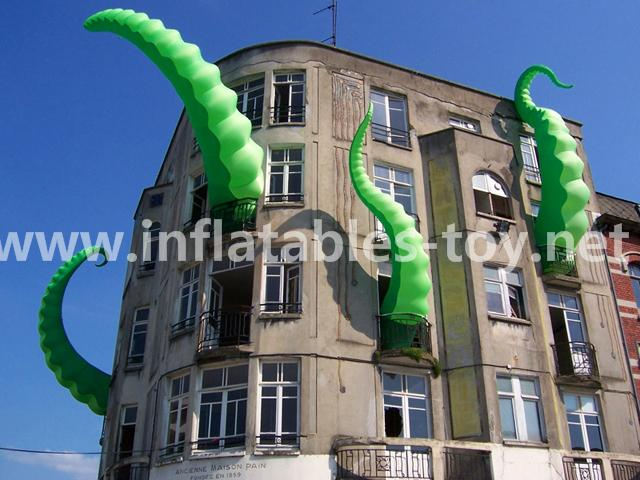 Giant Artist Inflatable Tentacles on the Building for Advertising 7