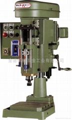 空压自动钻孔机